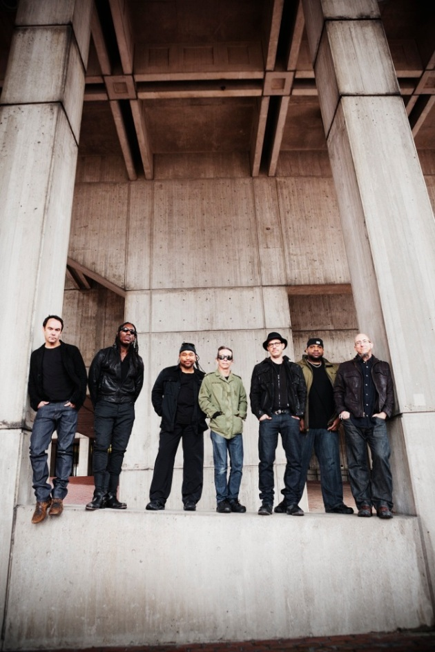 DAVE MATTHEWS BAND IN SOUTH AFRICA with special guest VUSI MAHLASELA